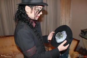 джексон майкл в шляпе фото