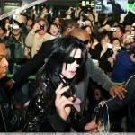 Одно это имя уже вызывает те или иные эмоции практически у каждого человека на нашей планете. На протяжении четырех десятилетий Майкл Джексон был на виду у всего мира.