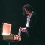 Перчатки, шляпы личные вещи Майкла Джексона в Москве